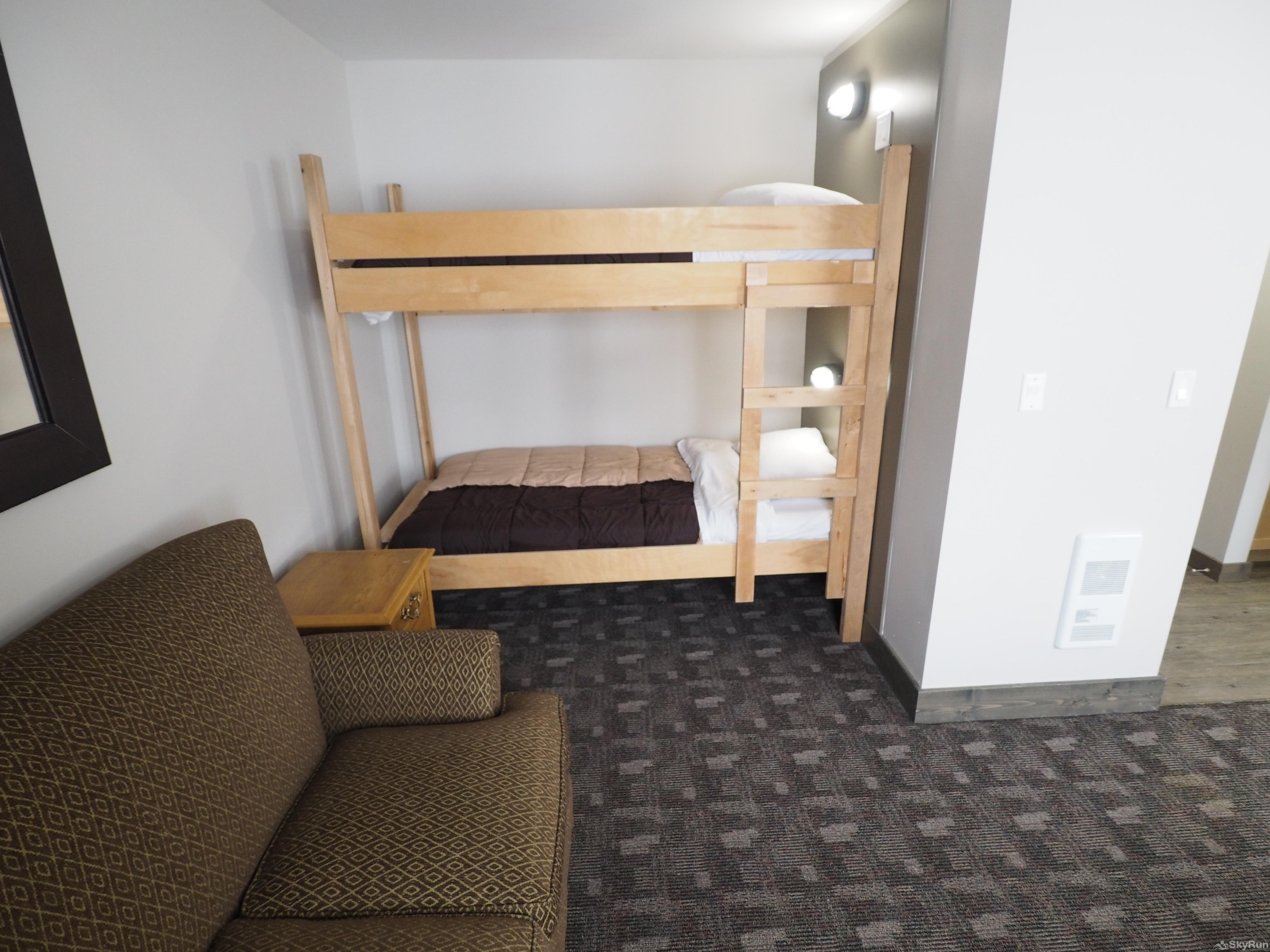 Apex Lodge Standard Room - 8