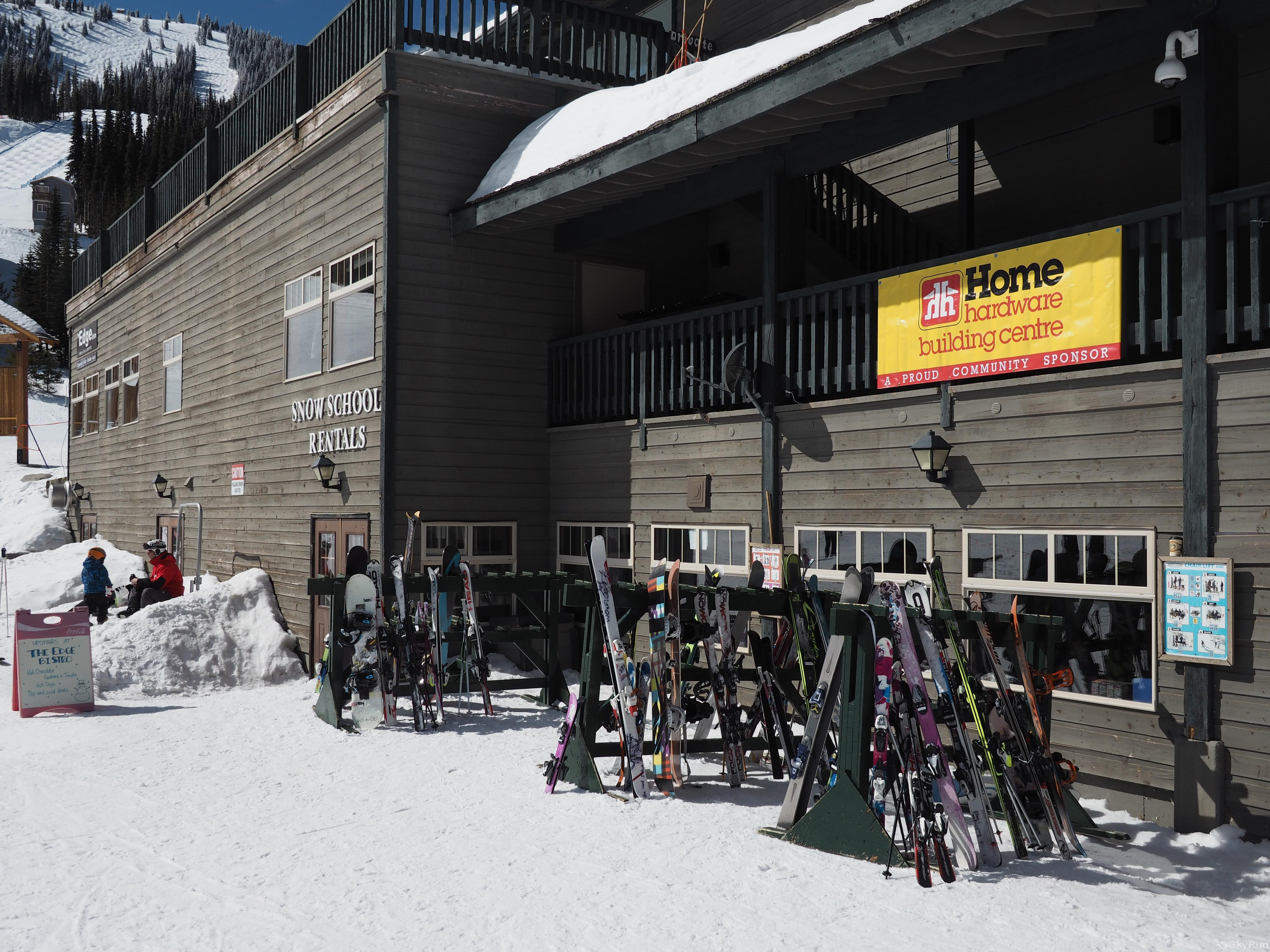 Apex Mountain Inn Standard Room 305 The Rental Shop and Ski School