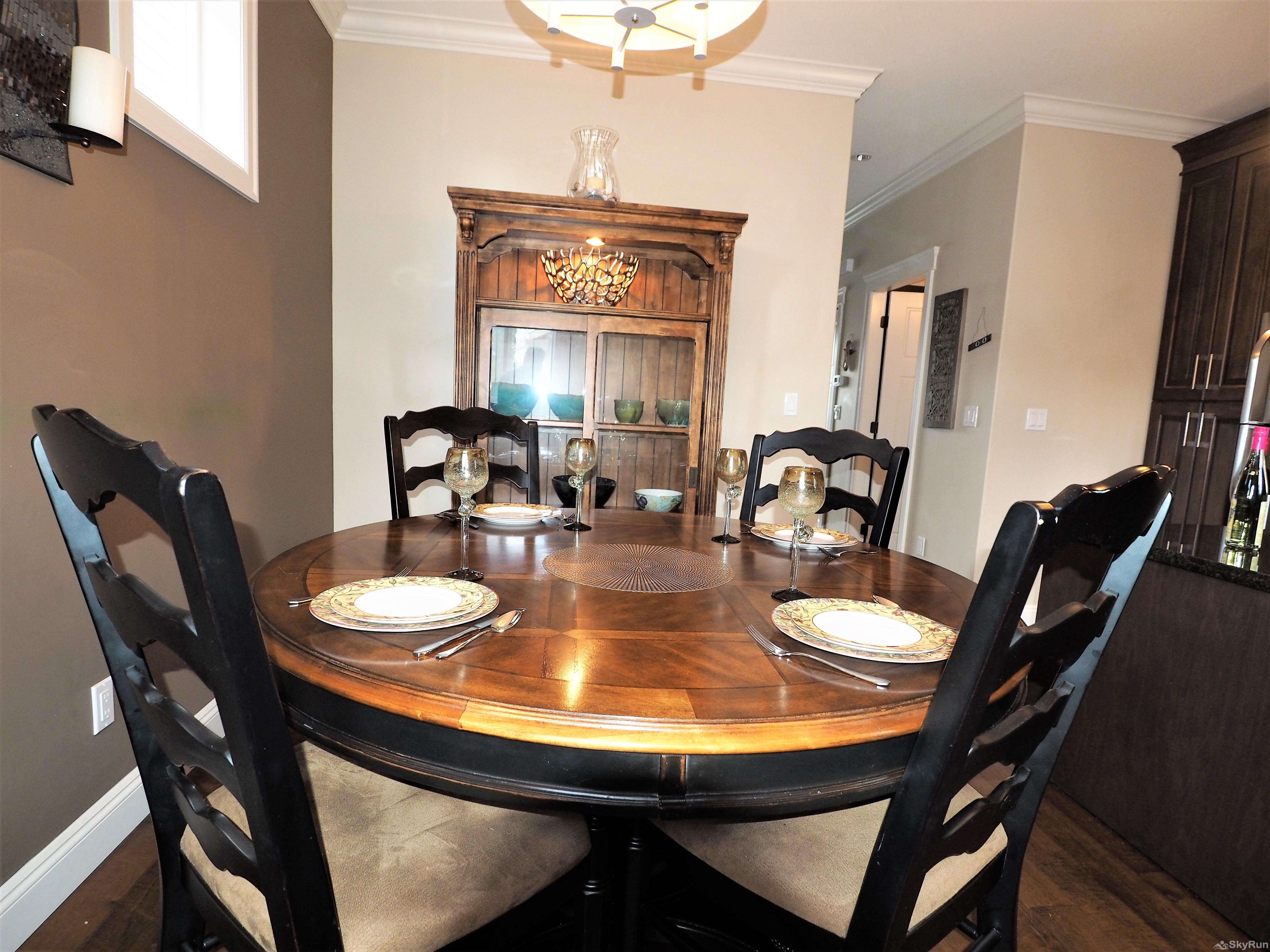Old Summerland 3 bedroom home Dining table easily seats 6