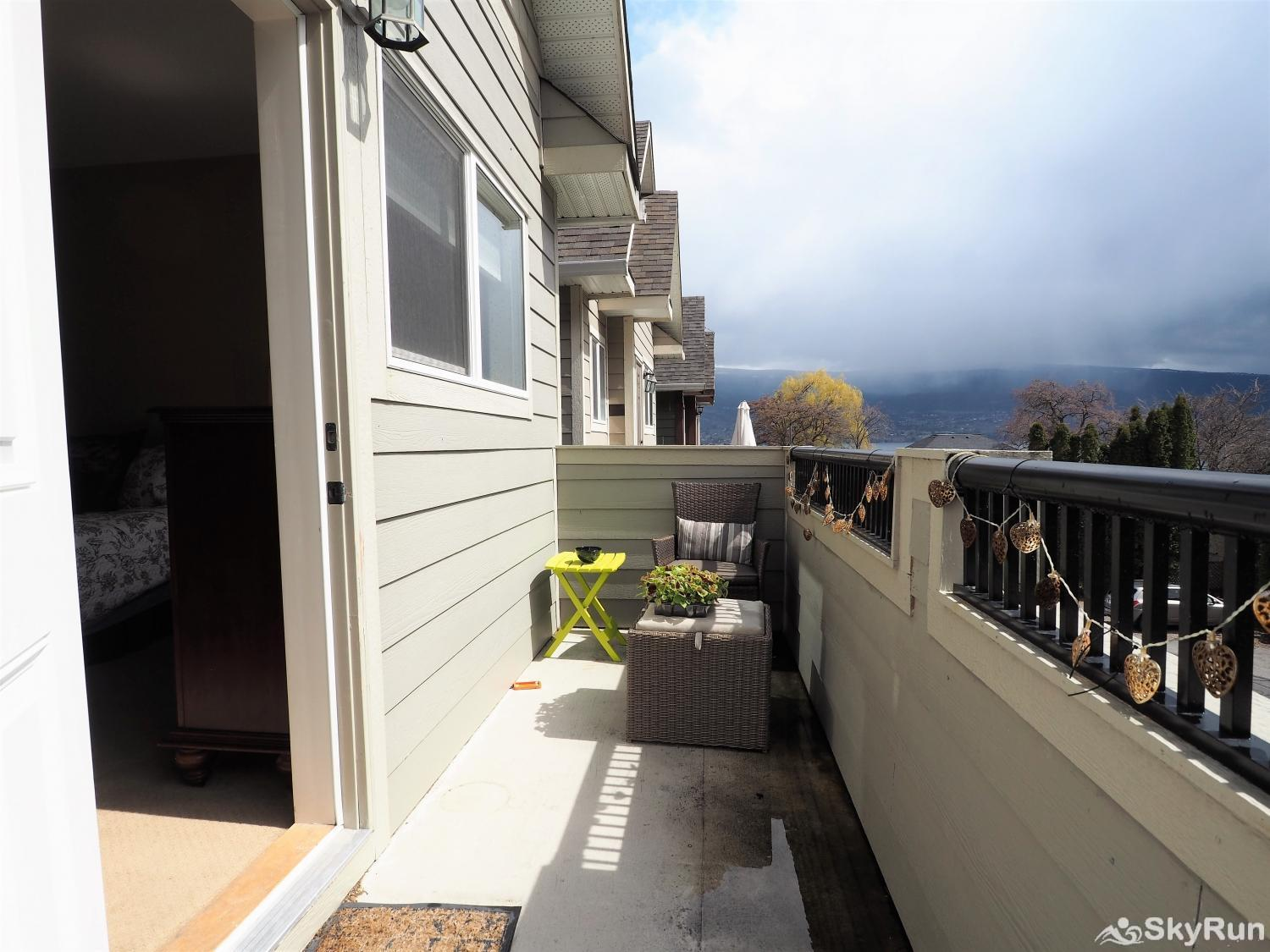 Old Summerland 4 bedroom townhouse Private patio off the master bedroom