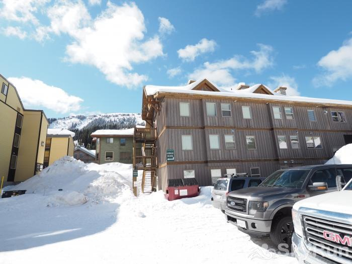 The Apex Mountain Lodge